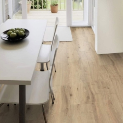Wood WISE - 100% Waterproof Cork Flooring with a Wood Look in Field Oak